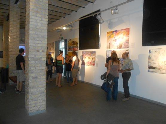 Итальянцы знакомятся с нашей выставкой